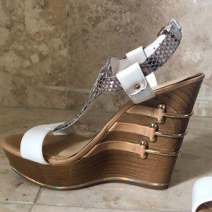 Gianni bini wedge sandals wore twice, size 7.5